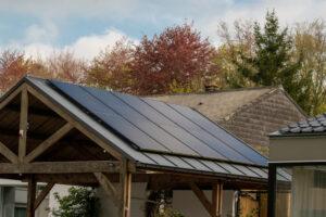 Faire appel à une société experte pour construire son hangar solaire